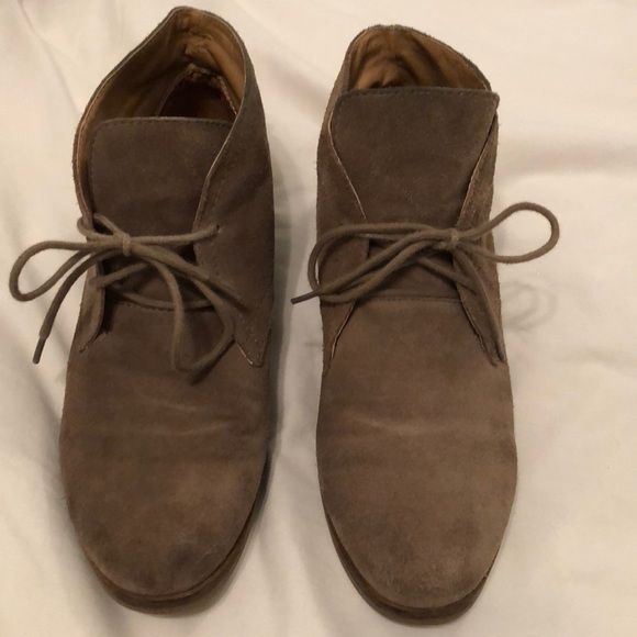 a7eb3c09421e Lucky Brand Shoes - Tan suede desert boots by Lucky Brand